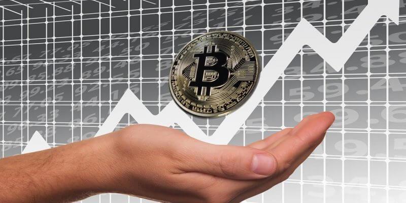 Bitcoin bondit au plus haut depuis juillet 2019 après que PayPal ouvre son service aux crypto-monnaies